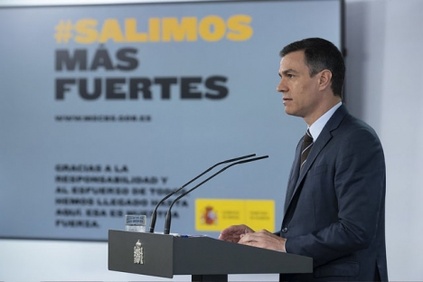 Pedro Sánchez har framträtt samtliga veckor under larmsituationen, även om han denna gång ej svarade på frågor från pressen.