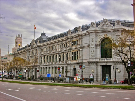Spanska centralbanken, Banco de España, i Madrid. Foto: Paulo Miranda (Wikimedia Commons)