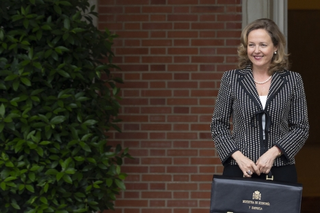Spaniens finansminister Nadia Calviño var favorit – men det blir Irlands Paschal Donohoe som tar över som ordförande i eurogruppen.