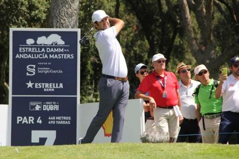 Förutom marshalls, caddies och medspelare kommer golfproffsen inte ha mycket sällskap på banan i Valderrama i år.
