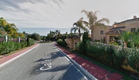 Calle Mozart i Sierra Blanca, Marbella, är Spaniens dyraste gata enligt bostadsportalen Idealista. Foto: Google maps