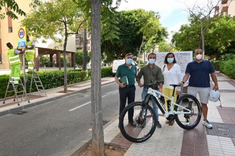 Marbella har upprättat över en mil av så kallade cykelgator där cyklisterna har företräde. Ytterligare 33 sträckor är på gång. Foto: Ayuntamiento de Marbella