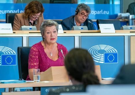 EU:s kommissionär Ylva Johansson väntas resa denna vecka till Mauretanien tillsammans med Spaniens inrikesminister Fernando Grande-Marlaska, för att behandla den nya flyktingvågen från Västafrika. Foto: European Parliament/Wikimedia Commons