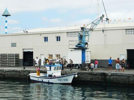 Hamnen i Arguineguín, där en stor del av migranterna fått omhändertas. ARKIVBILD