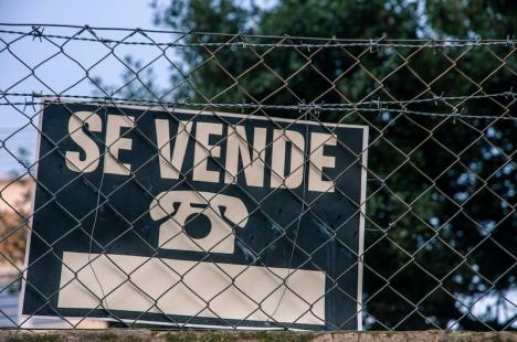 Spanska fastighetsbranschen är en djungel och mäklare i Spanien har en helt annan roll än i Sverige. Foto: Shutterstock