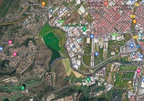 Costa del Sols nya lunga ska anläggas i Las Lagunas de Mijas, mellan Cerros del Águila, industriområdet La Vega och kyrkogården San Cayetano. Foto: Google Maps
