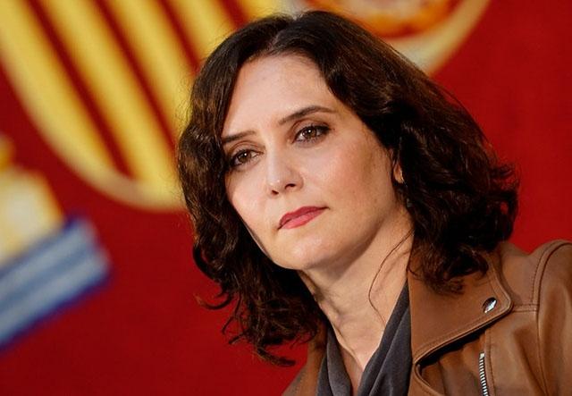 Madrids regionalpresident Isabel Díaz Ayuso har tagit in på ett sådant villospår att både partikamrater och regeringskollegor tar avstånd från henne. Foto: Comunidad de Madrid