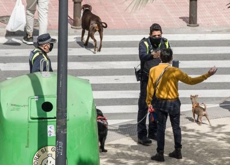 I Spanien utfärdades sammanlagt 1.142.182 böter under nödläget i våras.