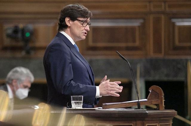 Hälsovårdsministern Salvador Illa fick igenom förlängningen av nödläget med bred majoritet i parlamentet. Foto: PSOE
