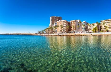 Torrevieja kommun gör avkall på 900.000 euro i fastighetsskatt nästa år.