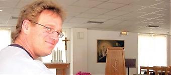 Magnus Salomonsson, 40 år, efterträder Peter Wickström som präst i Svenska Kyrkan i Fuengirola. Han flyttar tillsammans med sin familj från Ängelholm till Costa del Sol i slutet av augusti.