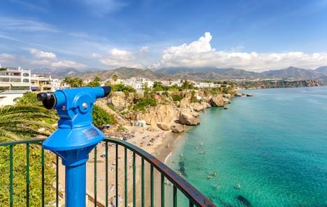 I Nerja liksom i övriga Andalusien har det varit betydligt glesare med turister i sommar.