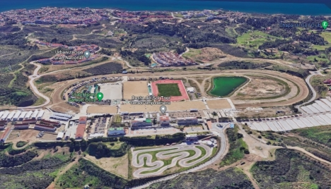 Första steget är taget för att kommunen ska kunna förverkliga det planerade projektet på hippodromen i Mijas Costa. Foto: Google Maps