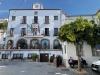 Canillas de Aceituno är en pittoresk bergsby med en stor kommunal parkeringsplats och flera trevliga restauranger.