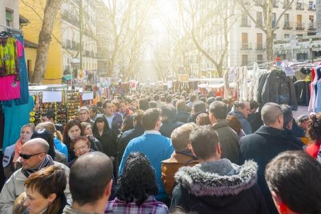 El Rastro de Madrid är huvudstadens viktigaste marknad och besöks normalt av 100.000 personer. (Arkivbild)