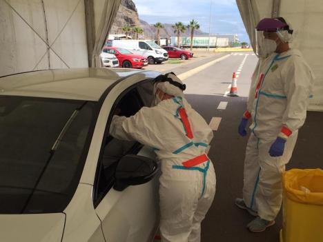 Masstester som verktyg för att få kontroll över smittspridningen är omdiskuterat. De senaste som gjorts på Kanarieöarna uppges inte har bidragit med någon relevant information alls. Foto: Gobierno de Canarias