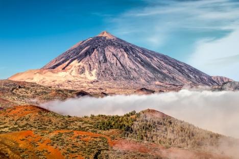 Det blir ett årsslut i moll på Tenerife, som isoleras på grund av okontrollerad smittspridning.