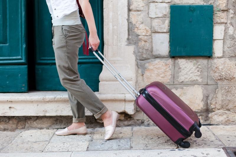 Drygt en procent av alla bostäder i Spanien hyrs ut på korttid till turister. I vissa kommuner är andelen dock så hög som 30 procent.