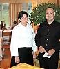 Restaurante El Lago ligger på Greenlife Golf utanför Marbella. Kökschefen Celia Jiménez och direktören Francisco García är medvetna om att stjärnan i Guide Michelin ökat kraven på dem och de vill inte låta berömmelsen stiga dem åt huvudet och tappa i kvalitet.