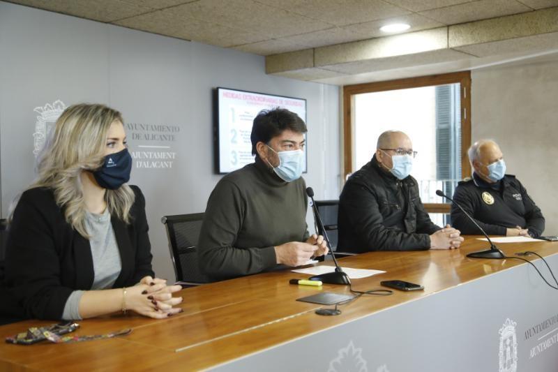 På en presskonferens 29 december benämndes nyårsafton som