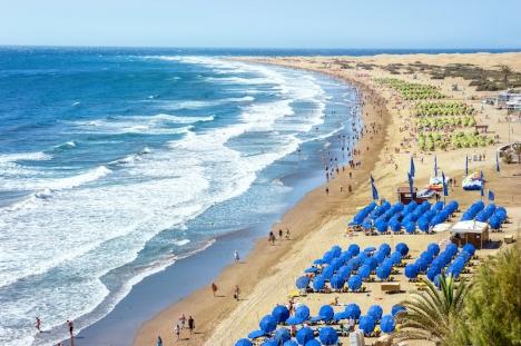 Kanarieöarna var en av de regioner med flest turister 2020, dock med en minskning på 70 procent jämfört med 2019. Bilden visar Playa del Inglés i Maspalomas på Gran Canaria.