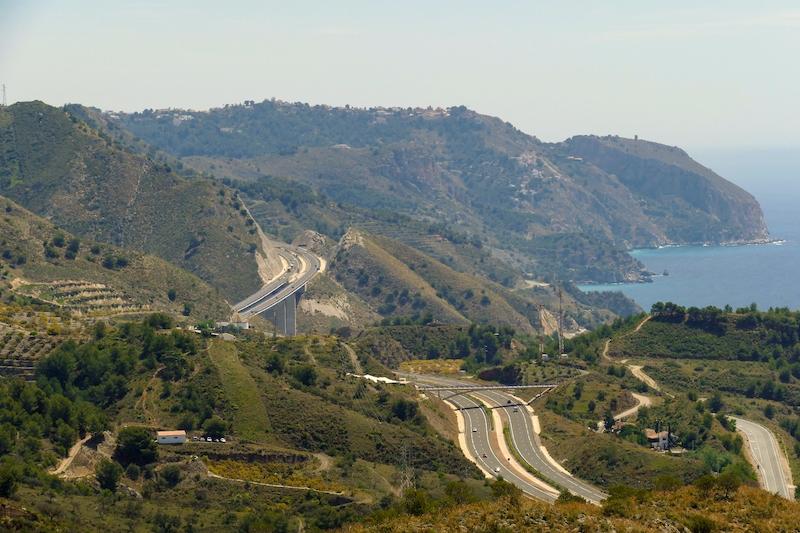 En av Spaniens vägsträckor med störst olycksrisk är N-340 mellan Nerja och Almuñecar.