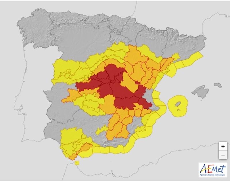Hela Spanien är försatt i beredskap på grund av stormen Filomena. I de centrala delarna har det utfärdats röd varning på grund av snö, för första gången någonsin. Foto: AEMET