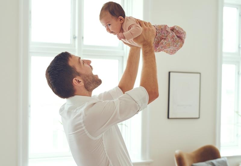 Nyfödda spanjorer har fått utökad exklusiv tid med sina pappor från 1 januari. Reformen lämnar dock en del att önska, inte minst om målet är att öka nativiteten i landet.