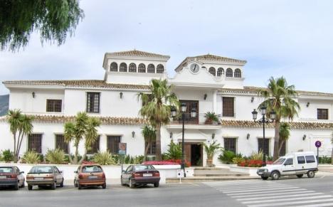 En brittisk man får tillbaka sin inbetalda mervärdesskatt av Mijas kommun efter att ha sålt bostaden med förlust.
