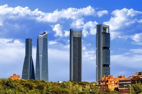 Madridregionen anklagas för att locka rikedomar från andra regioner i och med huvudstadseffekten, något som möjliggör skattelättnader för dem som bor där. Inte minst höginkomsttagarna.