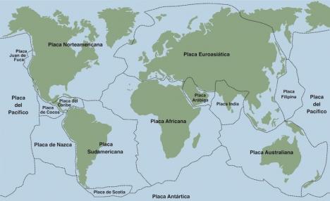 De eurasiska och afrikanska kontinentalplattorna, möts i en triangel mellan Granada, Alboranhavet och Rifbergen i Marocko.