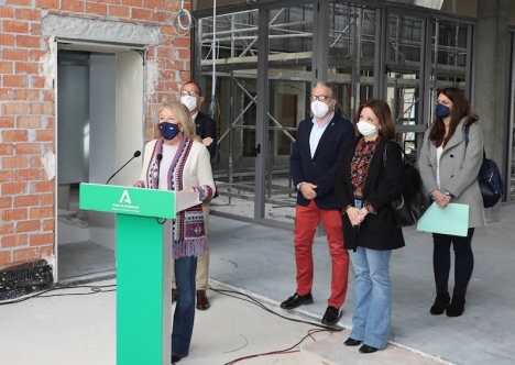 Marbellas borgmästare Ángeles Muñoz besökte den nya vårdcentralen i San Pedro 31 januari, tillsammans med bland andra Elías Bendodo. Foto: Ayuntamiento de Marbella