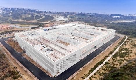 För närvarande vårdas fem covidpatienter på det nya sjukhuset i Estepona, som dock inte öppnat officiellt och fortfarande saknar viktiga funktioner. Foto: Ayto de Estepona