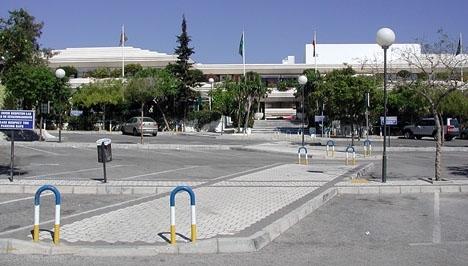 Polisens särskilda rotel för ekonomisk brottslighet UDEF genomförde 9 februari en rannsakan i Lars Brobergs kontor på Centro Plaza, i Nueva Andalucía.