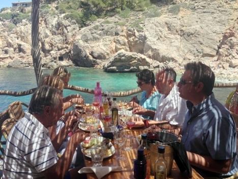 Den här vyn dröjer ännu på Balearerna, då restaurangerna tvingas hålla stängt minst två veckor till.