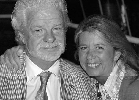 Borgmästaren Ángeles Muñoz och hennes svenske make Lars Broberg, i en arkivbild.