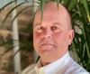 Sergio Rodoni är säljchef på Mariposa Energía, en elmäklare som enbart jobbar med grön el. Företaget har sitt säte i Marbella.