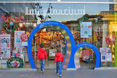 Endast två av Imaginariums 43 butiker i Spanien väntas klara sig.
