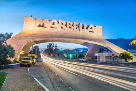 Inte än, men till helgen är det troligt att trafiken in och ut från Marbella, liksom Estepona och Manilva, åter får flöda fritt.