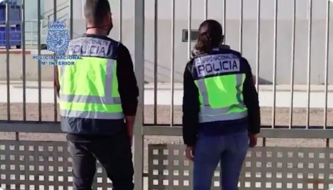 Polisen har gripit en företagare i Murcia misstänkt för en mängd brott relaterade till arbetsexploatering. Foto: Policia Nacional