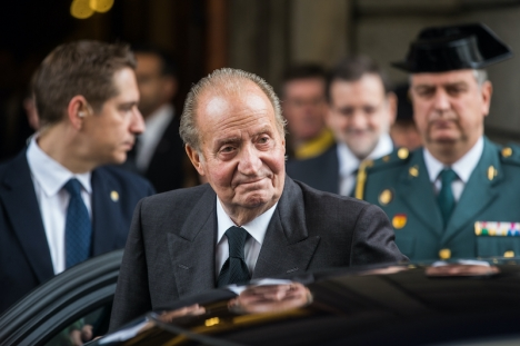 Före detta kungen Juan Carlos, uppges ha åtnjutit gratis privata flygresor till ett värde av åtta miljoner euro.