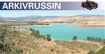 De tre vattendammarna i Ardales, cirka en timmes bilväg från kusten, är ett utmärkt alternativ till stranden.