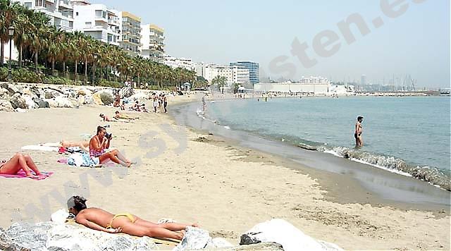 Nakenbad I Spanien