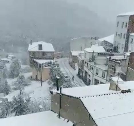 Banyeres de Mariola under snö. Foto: Twitter
