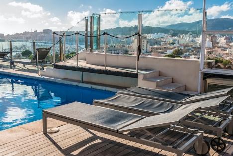 Takvåningar med terrass och utsikt är de lägenhet som säljer allra bäst. Därefter kommer bottenvåningar med egen trädgård. Mest svårsålda är de bostäder som ligger en våning upp från gatan.
