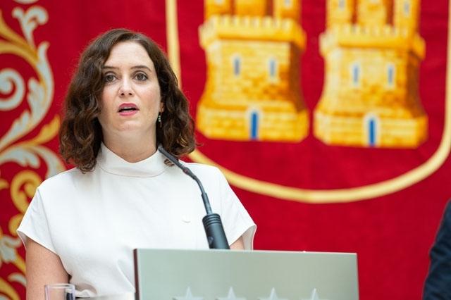 Sittande regionalpresidenten i Madrid Isabel Díaz Ayuso (PP) väntas gå fram starkt i nyvalet 4 maj, men kan sakna tillräckligt stöd från sina koalitionspartners för att behålla makten.