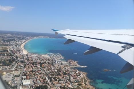 Från och med 12 april är det åter fritt att resa ut från Balearerna, men kravet på negativt PCR-intyg vid inresa består.