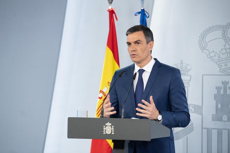 Regeringschefen Pedro Sánchez i samband med en presskonferens 13 april, vid vilken han presenterade de stora dragen i Spaniens återhämtningsplan.