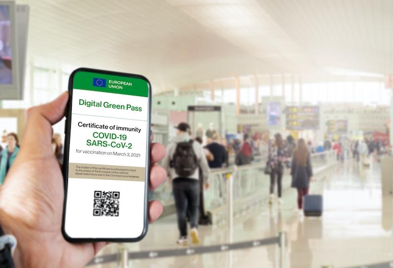 Det digitala gröna certifikatet ska börja gälla i Spanien i juni, för att underlätta för sommarturismen.