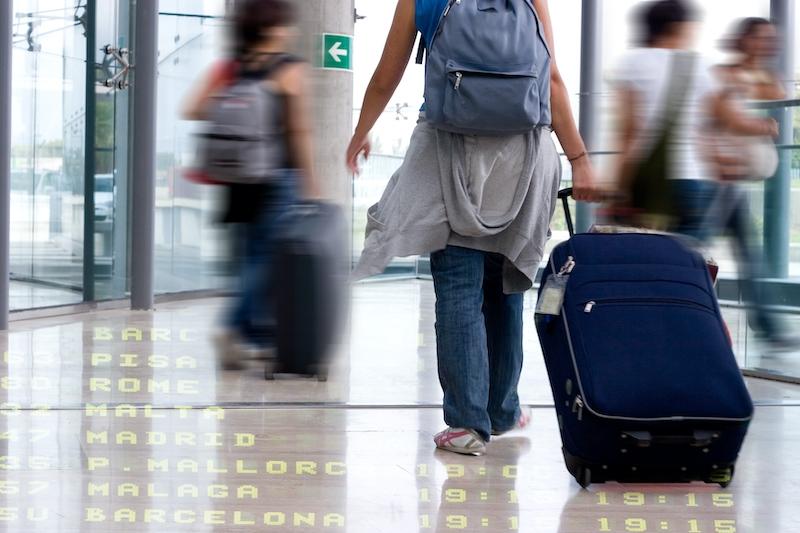 En 32-årig svenska anmälde en juvelstöld till polisen i Fuengirola. Smyckena hittades dock senare av flygplatspolisen i hennes egen resväska.